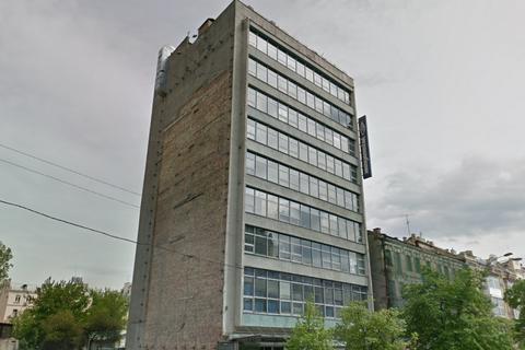 Укргазбанк продал свой бывший главный офис за 182 млн гривен