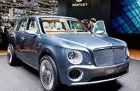 Bentley покажет переработанный вариант странного внедорожника