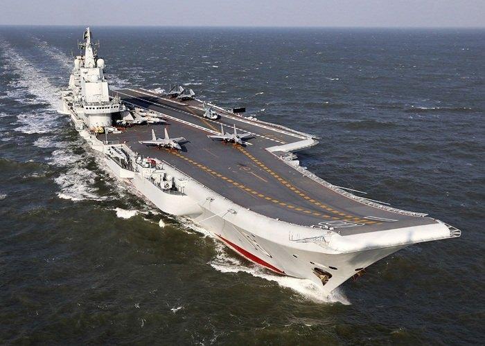 Китайский авианосец Liaoning, купленный у Украины под именем «Варяг»