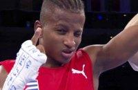Двукратный чемпион мира по боксу Аргилагос совершил побег из расположения сборной Кубы
