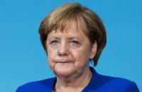 Меркель вважає передчасним говорити про часткове скасування санкцій проти РФ