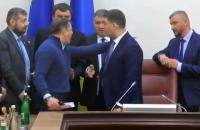 Ляшко ворвался на заседание Кабмина и устроил скандал из-за Коболева