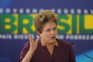 Президент Бразилии отказалась лететь в США