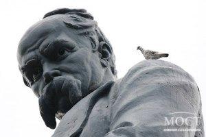 На Майдані проходить Шевченківське віче