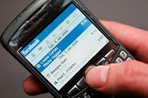 Facebook запустит новую рекламы для мобильных устройств