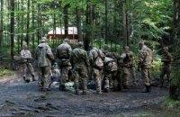 Две горно-патрульные роты Нацгвардии ищут женщину, которая три дня назад пропала в Верховинском районе