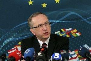 Посол ЕС советует украинским политикам меньше обещать и больше делать для безвизового режима с ЕС