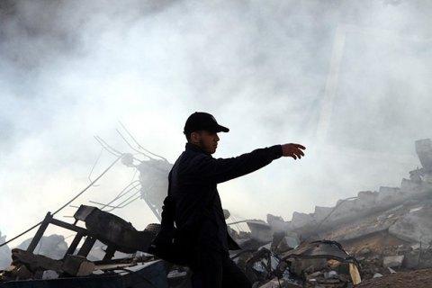 """Ізраїль завдав 10 авіаударів по об'єктах """"Хамас"""" у секторі Газа"""