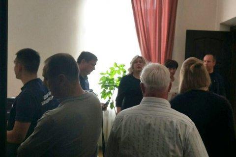 У Генпрокуратурі повідомили причину обшуків у мерії Полтави