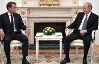 Путин и Макрон говорили про обмен удерживаемых между РФ и Украиной, - Песков