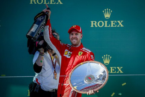 Германский пилот Феттель одержал победу стартовый этап «Формулы-1»
