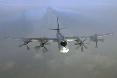 Американські винищувачі перехопили чотири літакиРФ біля Аляски