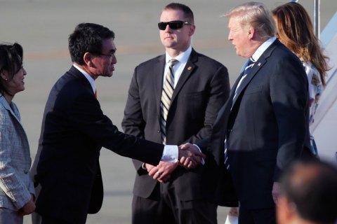 Трамп прибыл в Японию с четырехдневным визитом