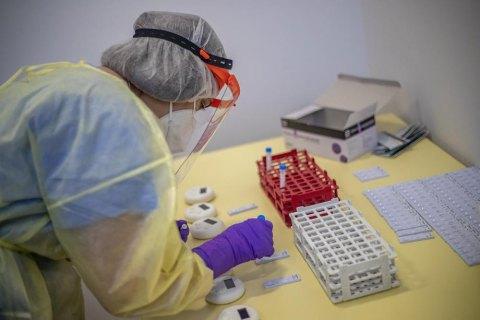 У Києві ще 1332 людини захворіли на коронавірус