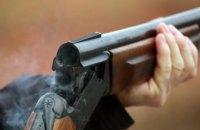 В Киевской области разыскивают мужчину, который расстрелял своих коллег из ружья