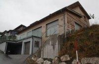 Австрийский журналист: сын Азарова выставил на продажу дом в Штирии