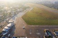 """Аеропорт """"Київ"""" скасував кілька рейсів через густий туман"""