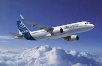 Летевший из Москвы в Турцию самолет совершил экстренную посадку в Одессе