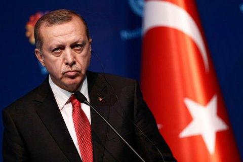 """Ердоган ще раз публічно порадив Макрону """"пройти психіатричне обстеження"""""""