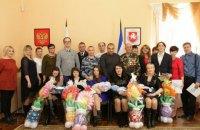 В Крыму вручили повестки в военкомат новорожденным