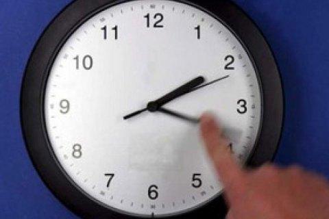 """В ночь на 27 марта Украина переходит на """"летнее время"""""""