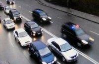 Київська ДАІ затримала автобуси одеських торговців, які їхали до Азарова