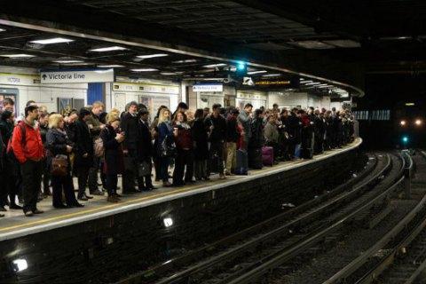 У Лондоні через страйк працівників метро виник транспортний колапс