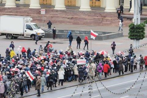 В Минске проходит марш пенсионеров и медиков, есть задержанные