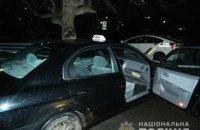 В Киеве иностранцы напали на таксиста и скрылись на его автомобиле
