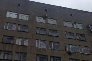 В больнице Тимошенко дежурят автозаки