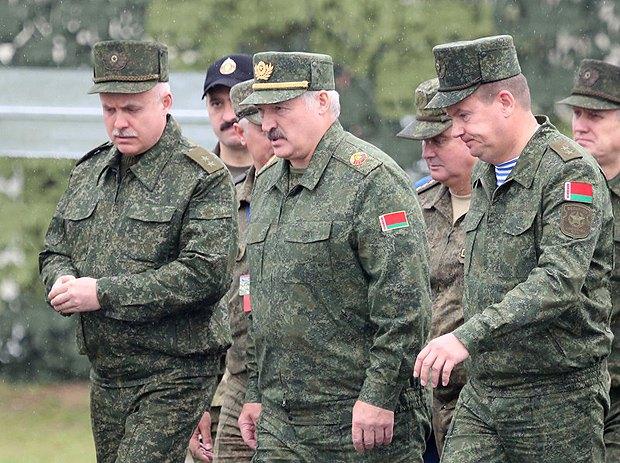 Лукашенко во время военных учений Россия-Беларусь «Запад 2017», 20 сентября 2017.