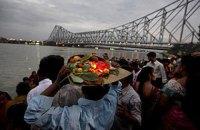 Из-за давки на религиозной церемонии в Индии погибли 24 человека