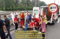 На Дорогожичах при столкновении двух авто погиб пешеход