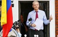 Ассанж попросил не преследовать журналистов