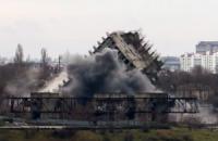 Севастопольська багатоповерхівка впала