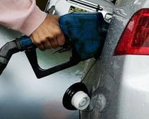 Правительство хочет обложить пошлиной экологически безопасный бензин, - Антон Гродзицкий