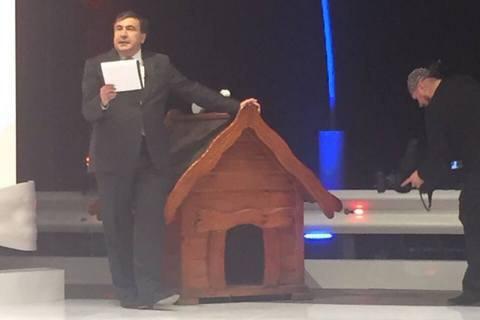 Саакашвили стал ведущим ток-шоу