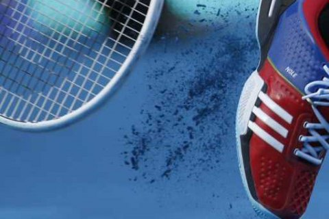 Іспанський тенісист розбив ракетку і жбурнув її в огорожу