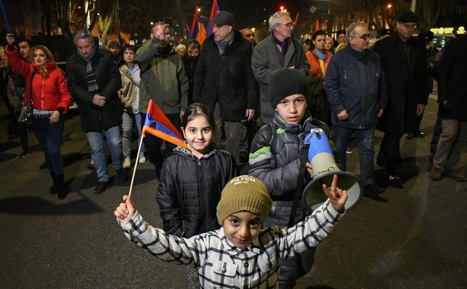 Акція протесту проти прем'єр-міністра Пашиняна в Єревані, 6 березня 2021 р.