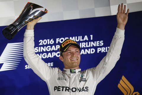 Росберг вновь возглавил личный зачет Формулы 1