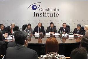 """Онлайн-трансляция круглого стола """"Выборы-2012: Шанс для Украины?"""""""
