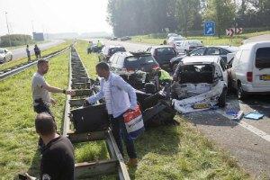 У Нідерландах сталася ДТП за участю 150 автомобілів: 2 загиблих