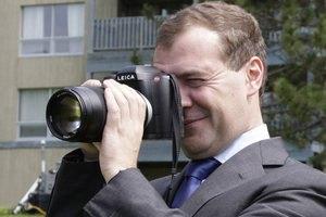 Медведев поехал в Крым вслед за Путиным