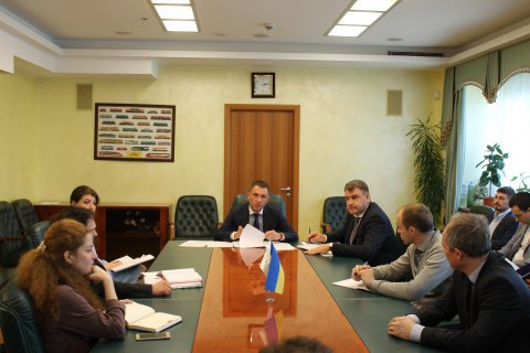 Мінінфраструктури просить заборонити російським суднам заходити у внутрішні води України