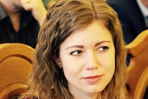 Мерія Львова домоглася звільнення вчительки, яка привітала Гітлера з днем народження