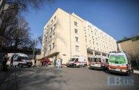 В Александровской больнице 38 пациентов с COVID-19, из них 4 - в реанимации, - главврач