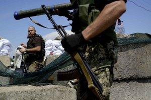 За ночь боевики 13 раз открывали огонь по  позициям сил АТО