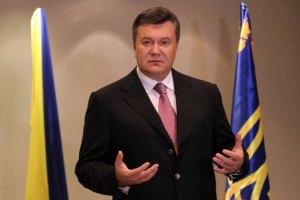 Янукович пожелал патриарху Кириллу Божьего благословения