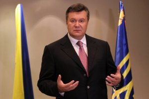 Янукович заявил, что работает круглосуточно
