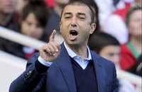 Абрамович до сих пор платит зарплату уволенному тренеру